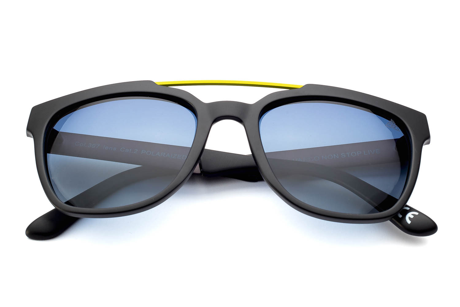 matt black - yellow lacquered bridge - gray / blue polarized lens
